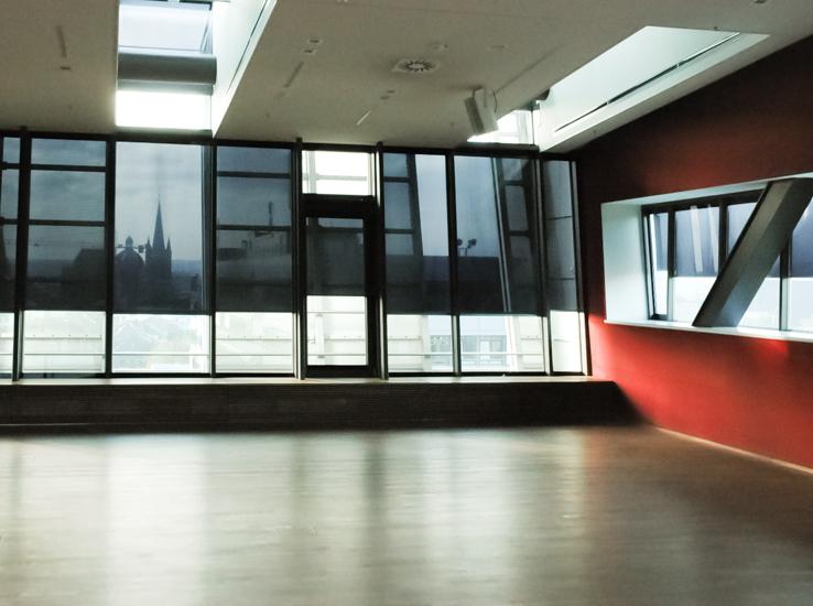 Sicht Sonnenschutz Im Isolierglas Fur Fassade Fenster Turen